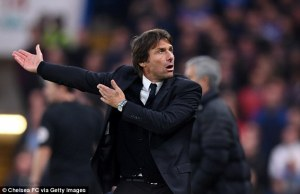 39a4617f00000578-3864920-the_italian_gestures_to_chelsea_fans_after_watching_the_blues_do-a-3_1477281458507