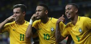 coutinho-neymar-e-gabriel-jesus-comemoram-com-a-torcida-no-mineirao-1478825948337_615x300