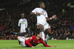 3ba6fc9d00000578-4066550-mkhitaryan_watches_on_his_piece_of_genius_flies_towards_the_corn-m-76_1482773204042