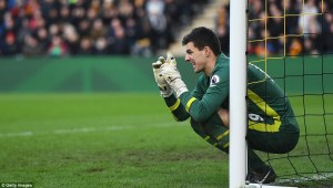 3cd4144300000578-4191422-hull_goalkeeper_eldin_jakupovic_attempts_to_position_his_wall_as-a-61_1486248872120
