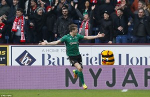 3d5fcc1c00000578-4237372-raggett_runs_away_to_celebrate_after_his_goal_knocked_burnley_ou-a-96_1487428212164